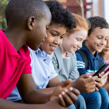 Siete consejos para alejar a nuestros hijos de la pornografía en Internet