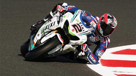 Leon Camier lidera los tests de Aragón y Carlos Checa aparece con la Ducati 1199 Panigale
