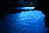 Bisevo: la cueva luminosa de Croacia