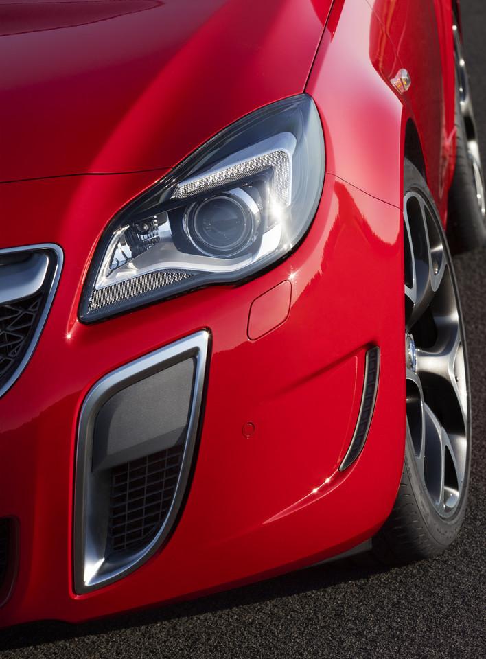 Foto de Opel Insignia OPC 2014 (21/40)