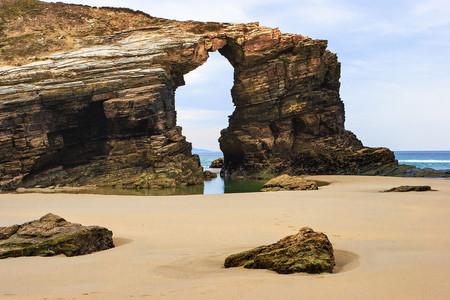 Playa Catedrales Arco