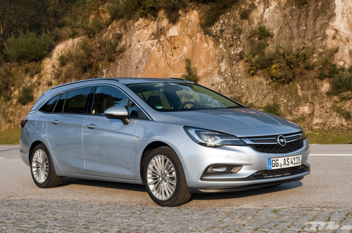 Al volante del Opel Astra Sports Tourer 2016: un familiar brillante en prácticamente todo
