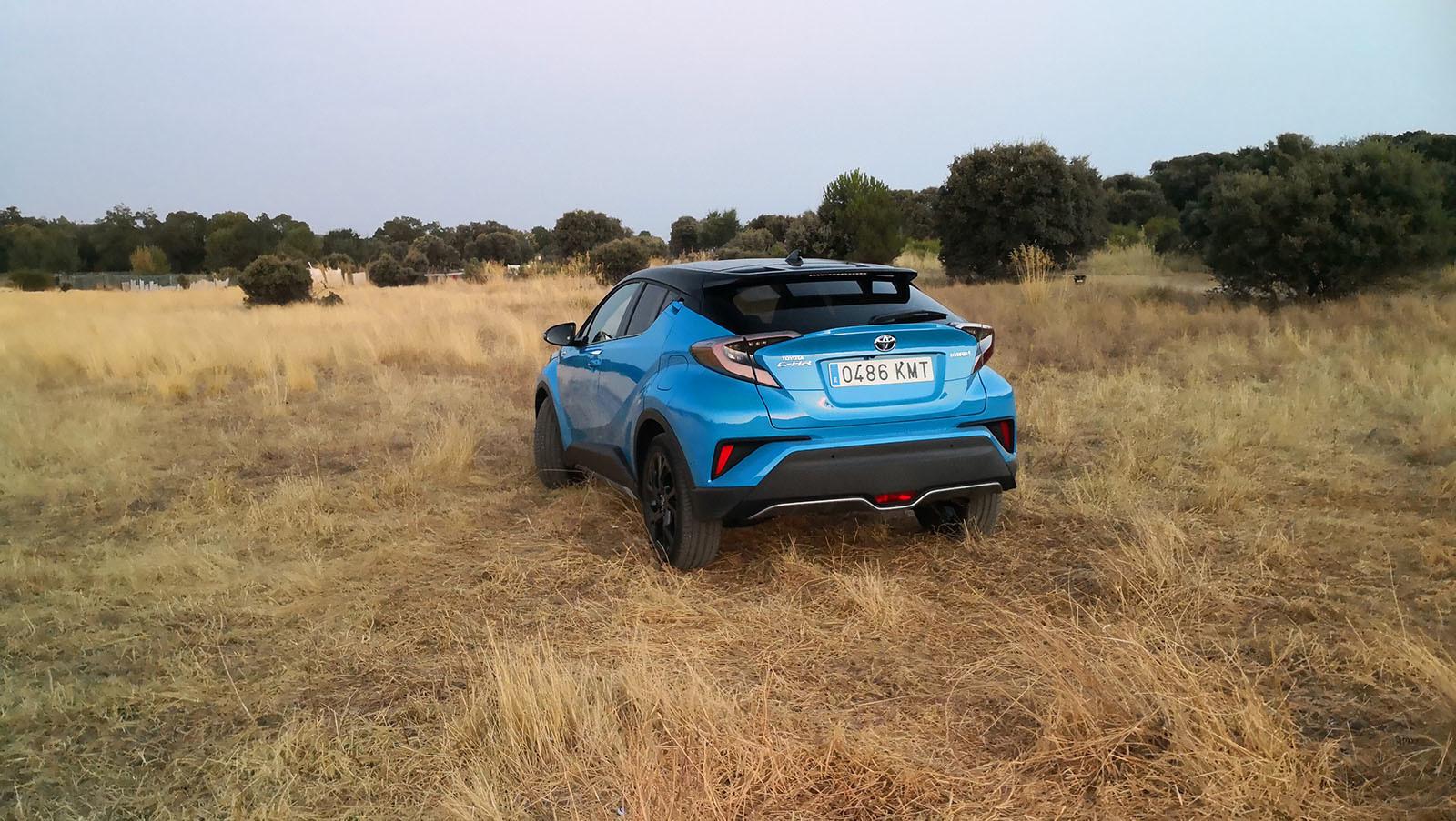Foto de Toyota C-HR Dynamic Plus - Fotos exteriores (20/30)
