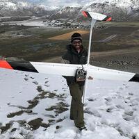 Este planeador radiocontrol ha conseguido volar a 881 km/h: lo ha hecho sin motor