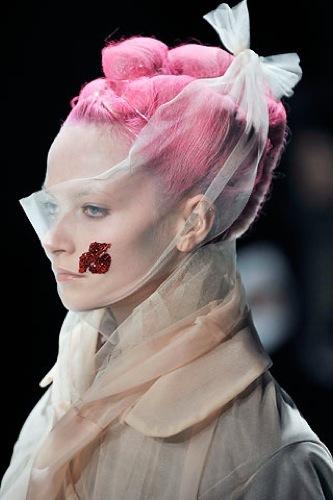 Comme des Garçons Otoño-Invierno 2009/2010 en la Semana de la Moda de París, gasa