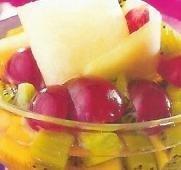Copa tricolor de frutas