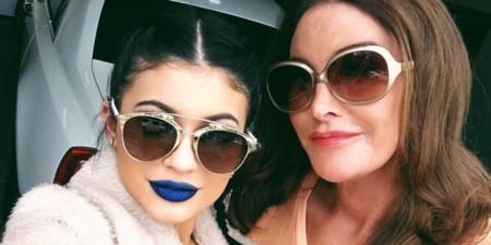 O Kylie Jenner Blue Lipstick Facebook