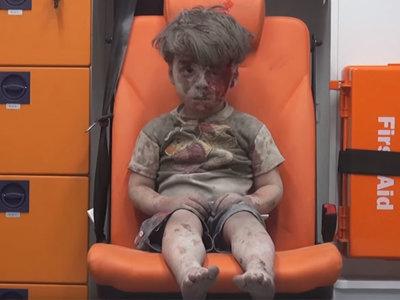 Alex escribe a Obama para que Omran viva en su casa: los niños se movilizan por las víctimas de Siria más que sus gobiernos