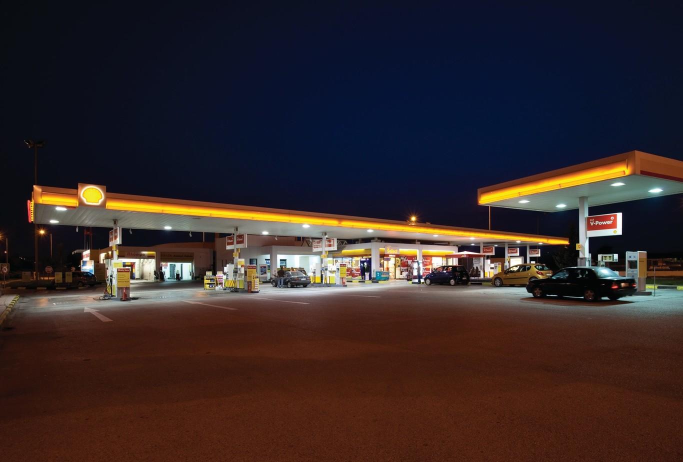 Shell abre su primera gasolinera en México