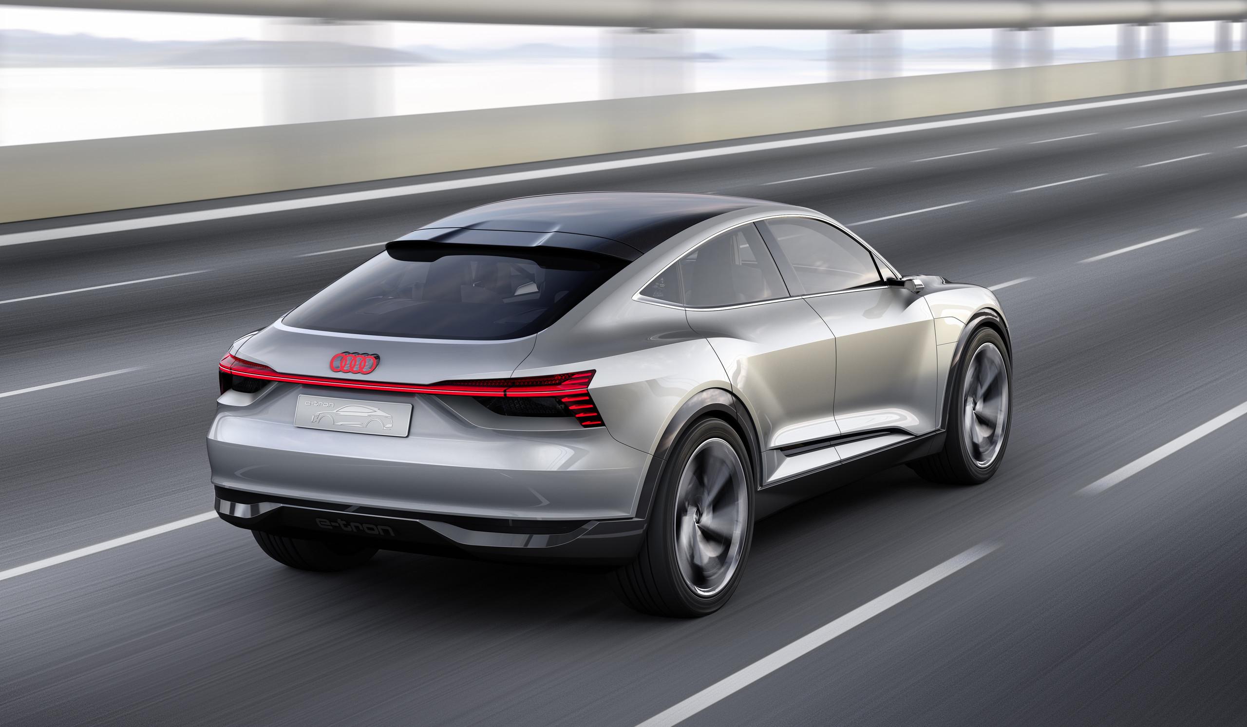 Foto de Audi e-tron Sportback concept (13/30)
