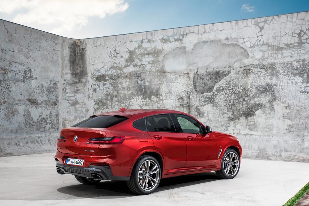 BMW X4 trasera