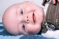 El habla que dirigimos a los bebés es la adecuada para favorecer el desarrollo de su lenguaje