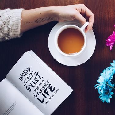 Si quieres darle un giro a tu vida, estos 11 libros sobre gestión de emociones y coaching pueden ser tus lecturas de verano