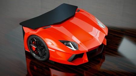 Esta mesa réplica del Lamborghini Aventador te va a costar lo mismo que un Volkswagen Golf R