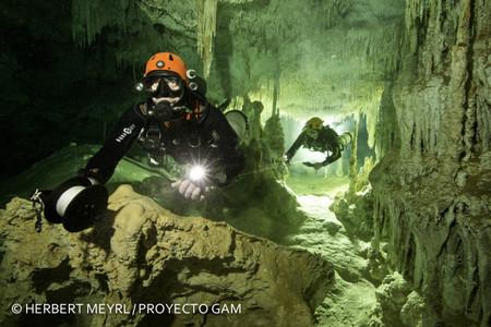 El sistema de cuevas inundadas más grande del mundo está en México, se llama Sac Actun