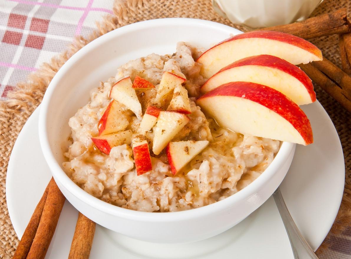 Porridge de avena con manzana y canela