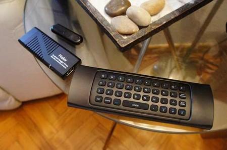 TV Stick, interfaz de teclado y mando a distancia