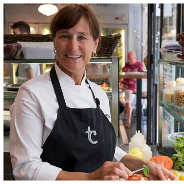 """Teresa Carles, la chef vegetariana pionera: """"No puede ser que la cocina vegana se convierta en un mundo ultraprocesado"""""""