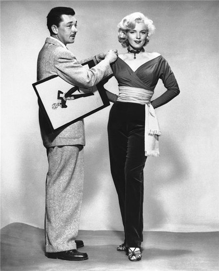 Marilyn Monroe Y William Travilla2