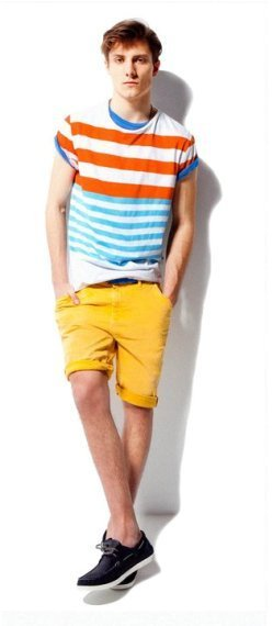 Pull and Bear: colorido lookbook cargado de tendencias para el mes de Abril 2011
