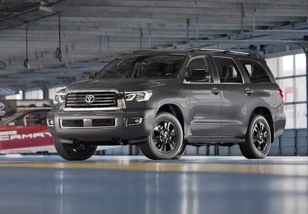 Toyota Sequoia Trd Sport 2018 1024 01