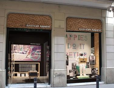 Las claves del interiorismo de las tiendas de American Apparel en Europa
