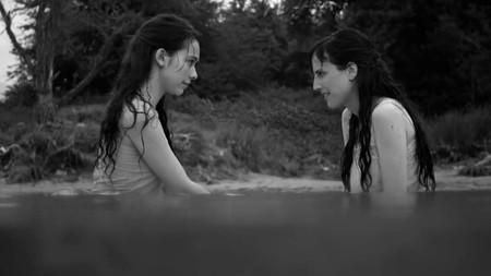 Elisa Y Marcela3