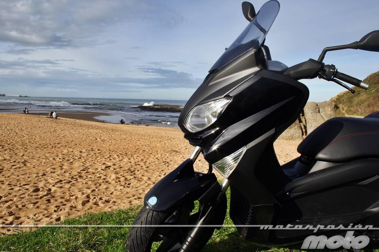 Foto de Yamaha X-MAX 125, prueba (valoración, ficha técnica y galería) (16/46)