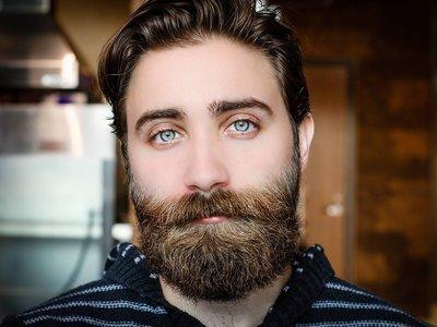 #Movember: Lo que debes de saber antes de dejarte crecer el bigote y barba este mes