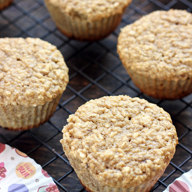Muffins de plátano y avena. Receta fácil, rápida y saludable para el desayuno