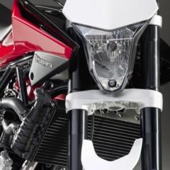 Foto 8 de 23 de la galería husqvarna-nuda-900r-fotos-de-prensa en Motorpasion Moto