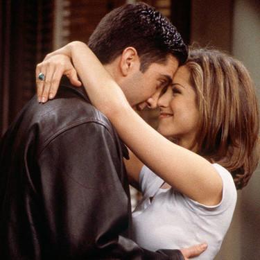 Las 23 parejas más míticas de las series de televisión con las que hemos crecido y disfrutado del amor