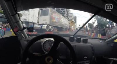Drfiting extremo debajo de un camión