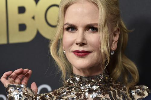 ¿Glitter o total black? Nicole Kidman y Emilia Clarke triunfan fieles a su estilo en la gala American Songbook