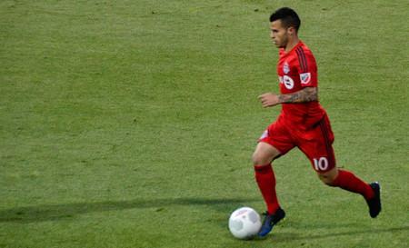 China está reventando el mercado del fútbol 4f95b600b5f54