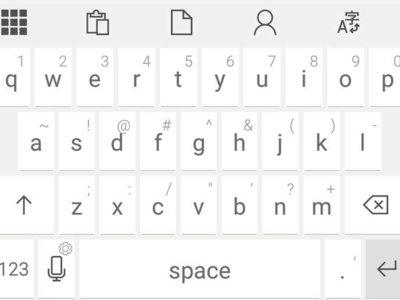El teclado Microsoft HUB te deja al alcance de la mano contactos, documentos y un traductor
