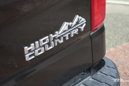Chevrolet Cheyenne High Country 2019 12
