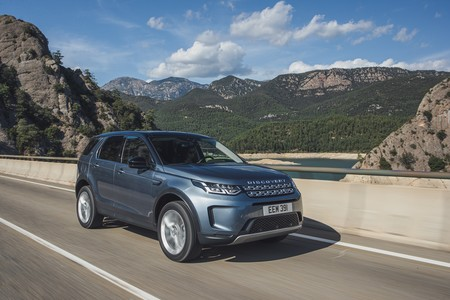 Land Rover Discovery Sport 2019 004