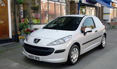 Peugeot 207 versión comercial