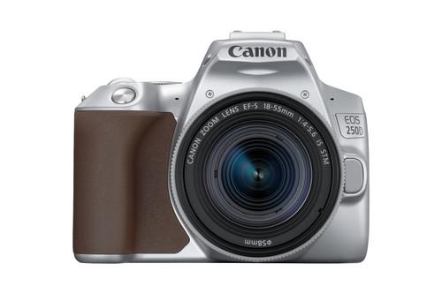 Canon EOS 250D, la nueva y pequeña réflex de Canon para las familias