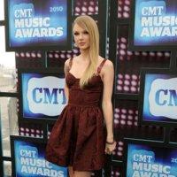 Todas las celebrities en los CMT Music Awards: horteras hay en todo el mundo
