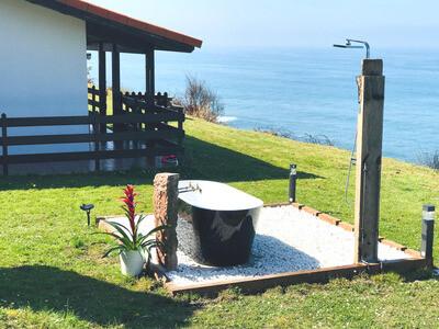 Alojamiento En Airbnb Casita En El Acantilado En Villaviciosa Asturias 1