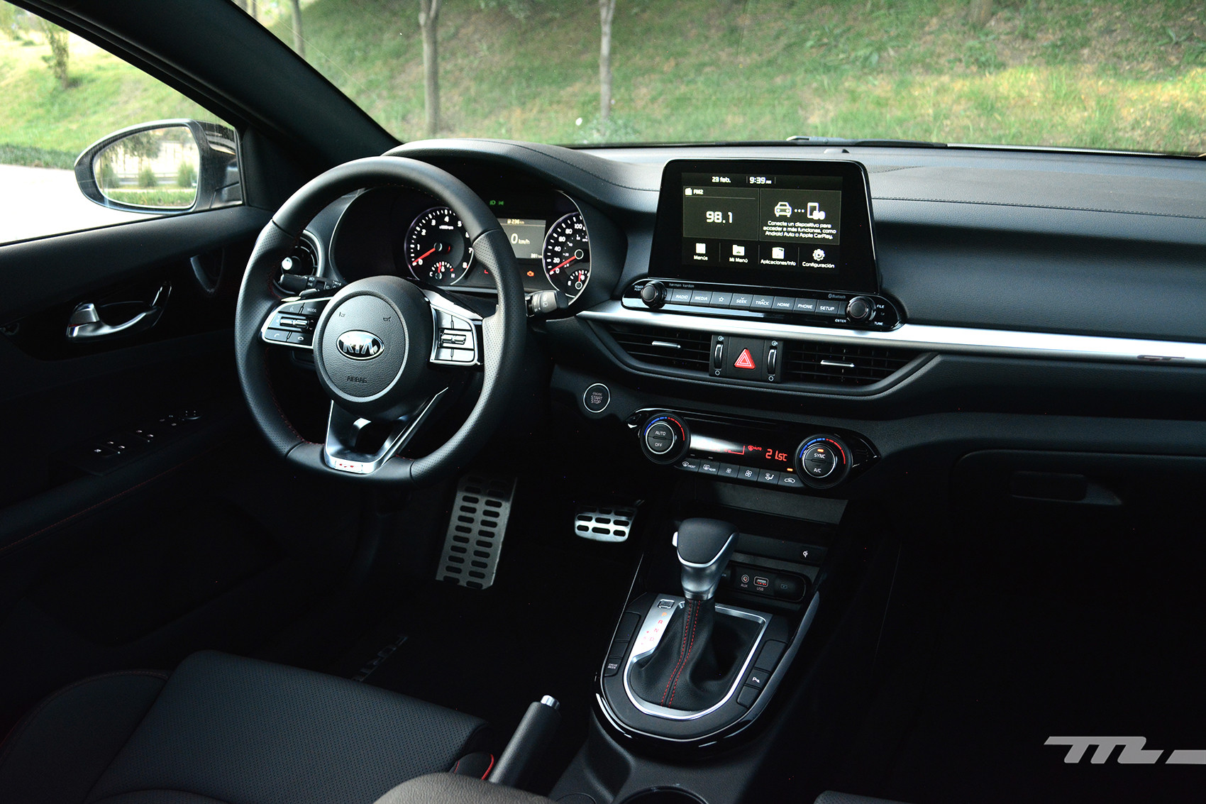 Foto de KIA Forte GT Hatchback (prueba) (10/23)