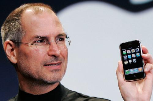 """Es la hora de lo retro: así podría ser un iPhone original y """"skeumorfista"""" con tecnología de 2018"""