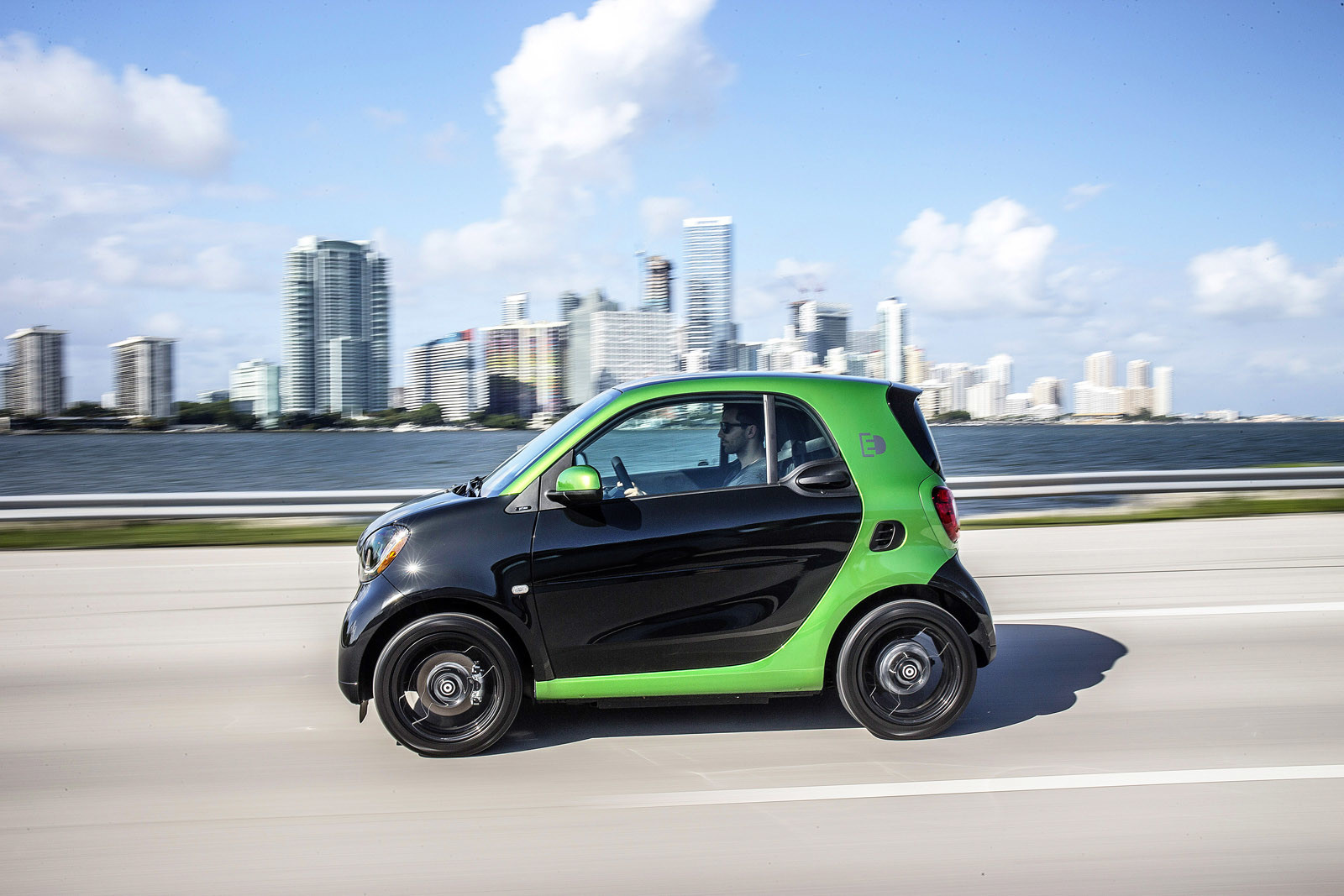 Foto de smart fortwo Electric Drive, toma de contacto (247/313)