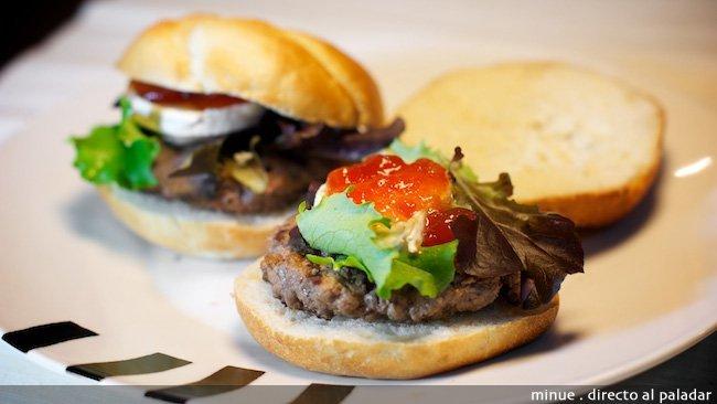 Hamburguesa con queso de cabra - presentación