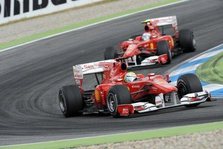 Max Mosley dice que Ferrari debería perder los puntos del GP de Alemania