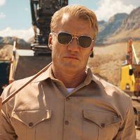 Dolph Lundgren se convierte en un férreo entrenador y pone a prueba las excavadoras de Volvo