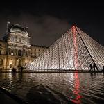 El museo del Louvre abre por primera vez de madrugada, para despedir a da Vinci