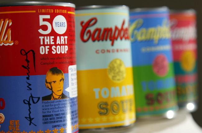 Edición limitada de la sopa Campbell homenajeando a Warhol